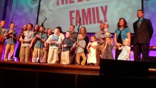 Duggar Family Sings