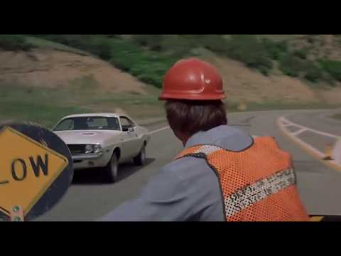 Vanishing Point - First Car chase scene