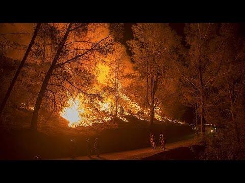 Στις φλόγες και πάλι η Καλιφόρνια