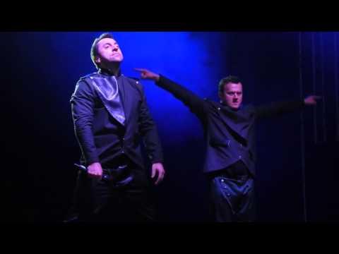 Tekst piosenki Boys - Ranczo Łoje po polsku