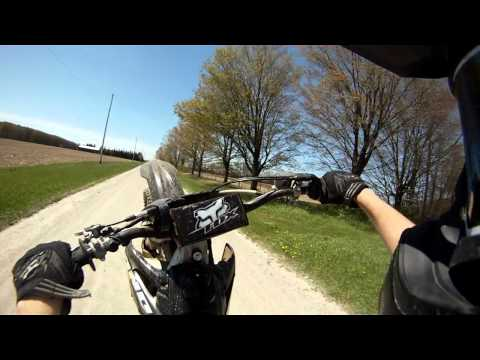 crf250r - Some clips of wheelies, jumps, and hillclimbs on a honda crf250r. Be sure to comment, like and subscribe if you haven't.