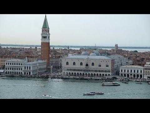 Spiderman in Venedig - am Piazza San Marco