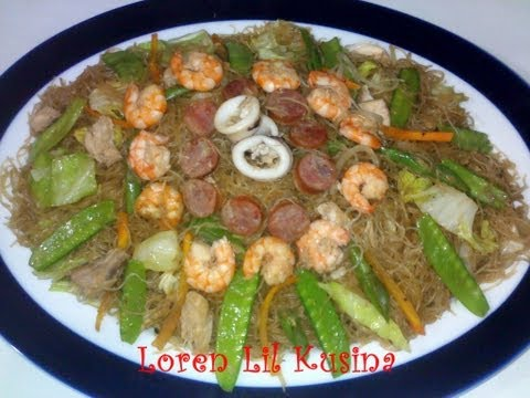 How to cook Pancit Bihon Guisado Filipinos favorite.