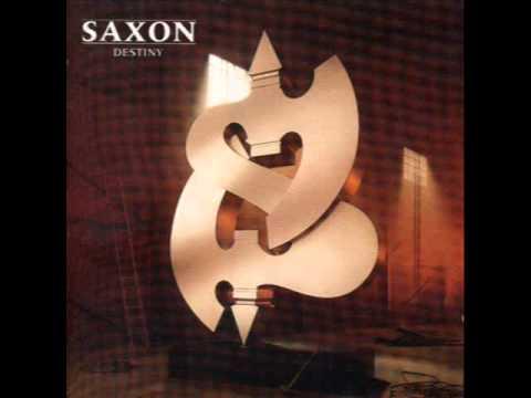 Tekst piosenki Saxon - For Whom The Bell Tolls po polsku