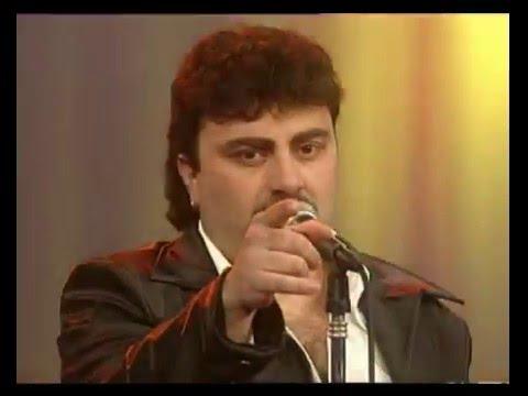 Amar Azul video Quiero confesarte - CM Vivo 2000