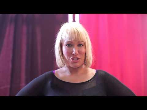 Mellanie Monroe Shouts out The Fantasy Wall (видео)