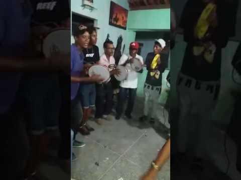 Samba de roda em tanquinho