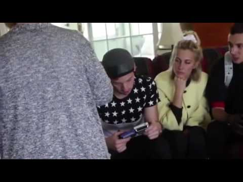 Video Twenty One Pilots - Stressed Out (Behind The Scenes) download in MP3, 3GP, MP4, WEBM, AVI, FLV January 2017