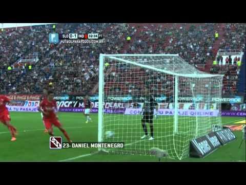 san - El Rolfi ejecutó con mucha categoría un tiro libre en la puerta del área para poner el partido 1-0.
