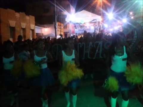 Os Cobrinhas em apresentações na praça pública no Carnaval 2014 em piancó