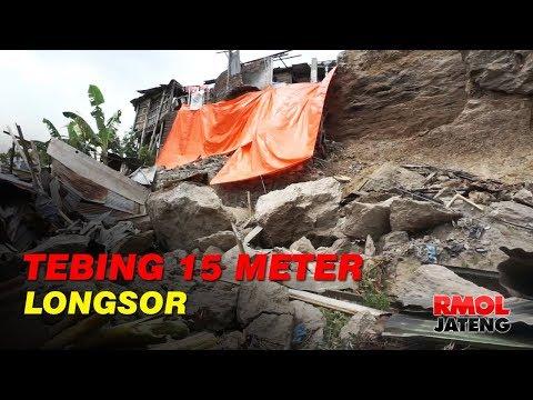 Tebing Setinggi 15 Meter Longsor Timpa Rumah Warga