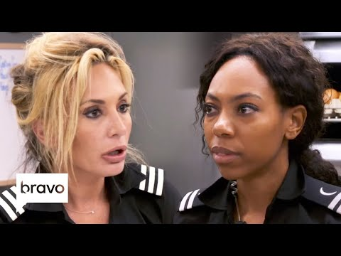 Simone Mashile Clashes with Kate Chastain and Makes Out with Tanner | Below Deck Highlights (S7 Ep9)