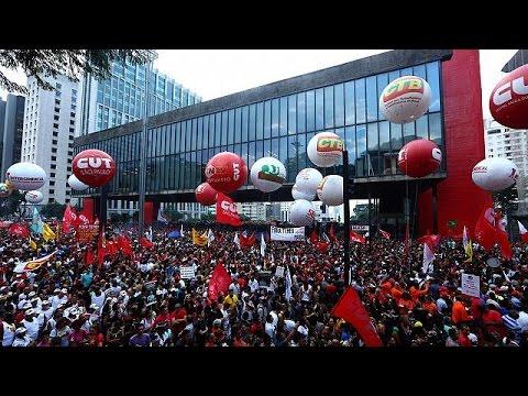 Βραζιλία: Ογκώδεις διαδηλώσεις κατά των αλλαγών στο συνταξιοδοτικό