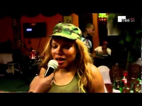 TÉLÉ 24 LIVE: Après le feu des Combattants, Aimelia livre un concert d'au revoir à Montréal chez MOTO TIA