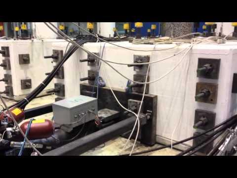 Il test nel laboratorio che simula i terremoti