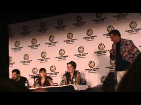 Wizard World Sacramento Comic Con 2014: Bruce Campbell vs. The Audience Round 1