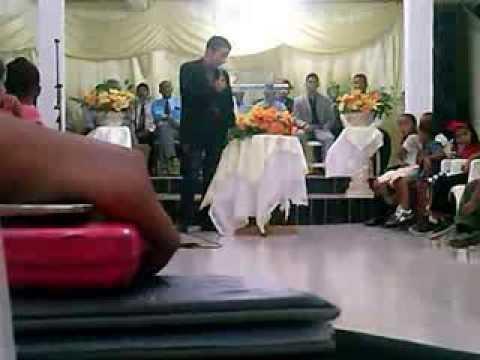 Assembleia de Deus Sítio do Mato - Ultimo culto dos jovens em 2013... A gloria é de Deus!