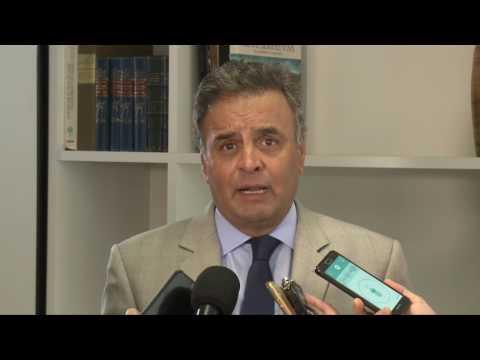 Em encontro com presidente Michel Temer, Aécio Neves reivindica retomada de investimentos federais paralisados em Minas pelo PT