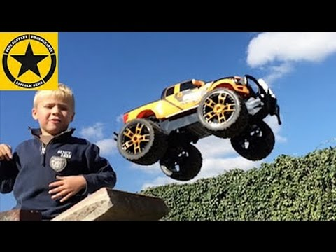 Carrera RC Ford Raptor SVT 1:16 unboxing & testing