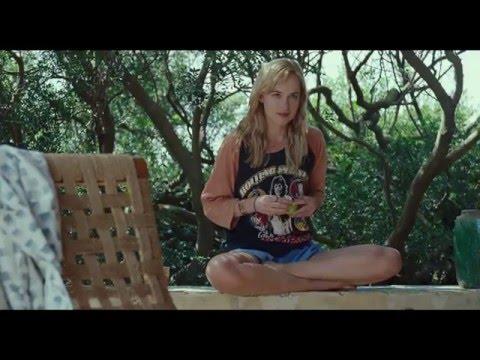 A Bigger Splash (Featurette 'Dakota Johnson')