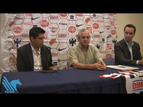Presentación de Ricardo Osorio con los Rayados de Monterrey.