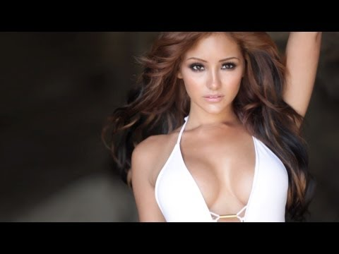 Melanie Iglesias Swim Shoot