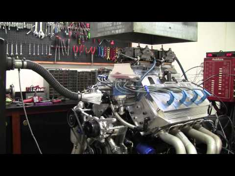 427 Ford with hemi heads on the dyno