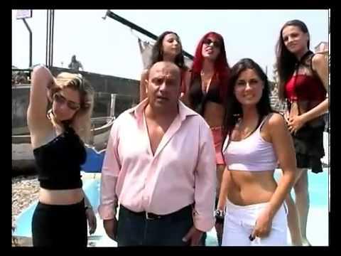 Francesca Pascale (Lady di Berlusconi) in barca col Cafone. INEDITO