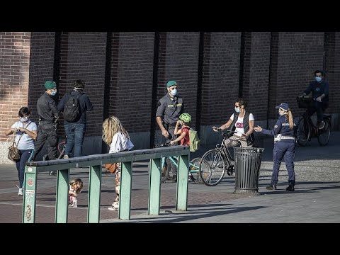 Ευρώπη: Στοίχημα για τις αρχές η αποφυγή συνωστισμού