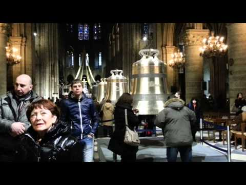 Interior da Catedral de Notre-Dame, Paris - Notre-Dame Cathedral interior, Paris