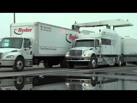 Smiths Detection HCV Mobile Cargo & Vehicle X-ray Scanner in use at Superbowl 2014 видео