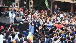 DHYO HAW LIVE ADA AKU DISINI SMA 86 Jakarta