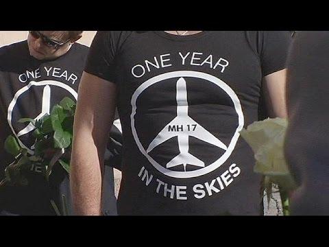 Το Κίεβο κατηγορεί τους αυτονομιστές και την Μόσχα για την κατάρριψη της πτήσης MH17