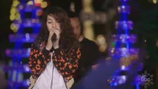 "download lagu download musik download mp3 Alessia Cara sings 'How Far I'll Go' (FROM ""Moana"") live in Disney Holiday Celebration 2016"