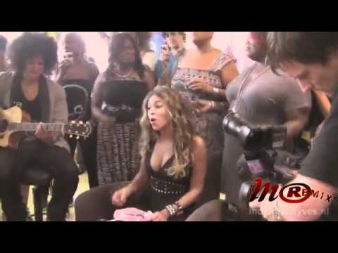 Beyonce - Halo Live ( Acoustic ) AMAZING !!! - YouTube.flv