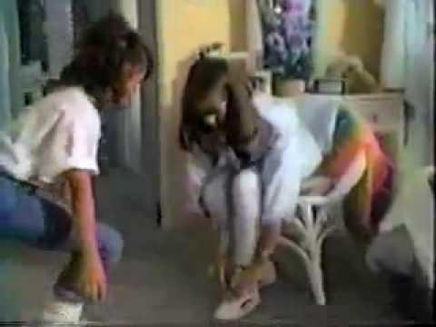 LA Gear Commercial featuring young Jennifer Love Hewitt