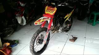 Video Sensasi Motor Trail Scorpio Vs Trial Mx Mp3 3gp Mp4 Hd Video