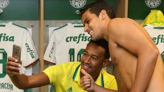Os bastidores da vitória do Palmeiras sobre o Santa Cruz por 3 x 1, pela nona rodada do Campeonato Brasileiro 2016. ---------------- Seja Sócio Avanti, com d...