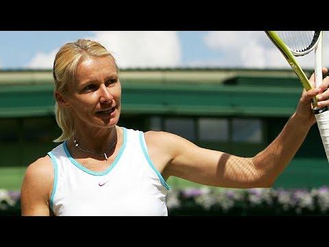 Jana Novotna Lifestyle | Bio, Birthday, Age, Height, Weight, Family, Died, Net worth!