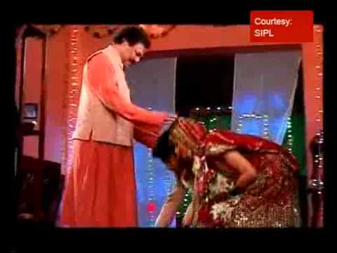 Video 'Chhoti Bahu' gets married to Dev download in MP3, 3GP, MP4, WEBM, AVI, FLV January 2017