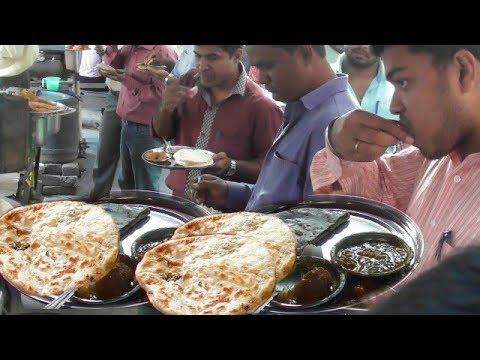 Video Potato Curry Dal Fry Tandoori Paratha | Kolkata Street Food at Cheapest Value | Enjoy Indian Food download in MP3, 3GP, MP4, WEBM, AVI, FLV January 2017