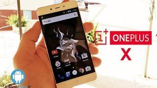 RECENSIONE COMPLETA: http://goo.gl/jg7R21ACQUISTA QUI: http://goo.gl/ZMYKd0Il nuovo dispositivo di OnePlus è arrivato: OPX possiede un ottimo rapporto qualità prezzo. Scoprite tutti i dettagli nella nostra review.seguici su: www.androidblog.itFacebook: www.facebook.com/androidblogTwitter: @AndroidBlogitGoogle+: https://plus.google.com/u/0/100681746348114222391Migliori smartphone non Android https://www.youtube.com/user/agemobile/videos