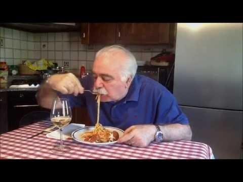 Spaghetti con polpette di melanzane