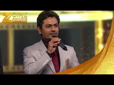 Nawazuddin Wins The Zee Cine  Best actor in comic role