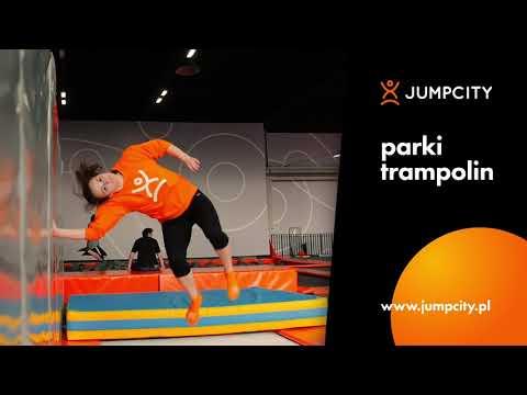 Niezapomniany długi weekend w parkach trampolin Jumpcity