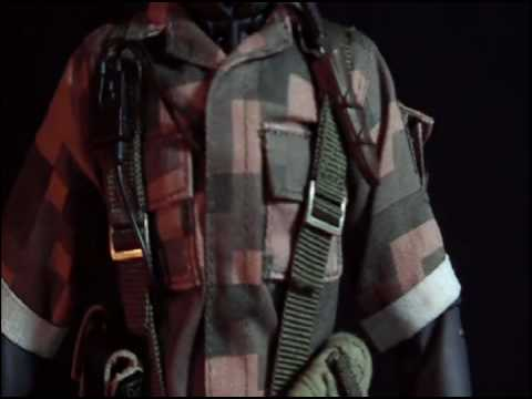 NAKED SNAKE Square camouflage MEDICOM 12