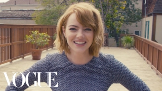 Video 73 Questions With Emma Stone | Vogue MP3, 3GP, MP4, WEBM, AVI, FLV Juli 2018