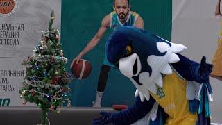 Подготовка талисмана баскетбольного клуба «Астана» Сэмми к Новому году