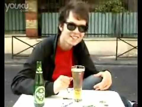 曼陀珠放在可樂裏會變噴泉,那放在啤酒裏會怎樣??