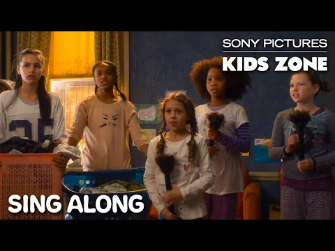 """Annie (2014) - """"It's The Hard Knock Life"""" Sing Along 